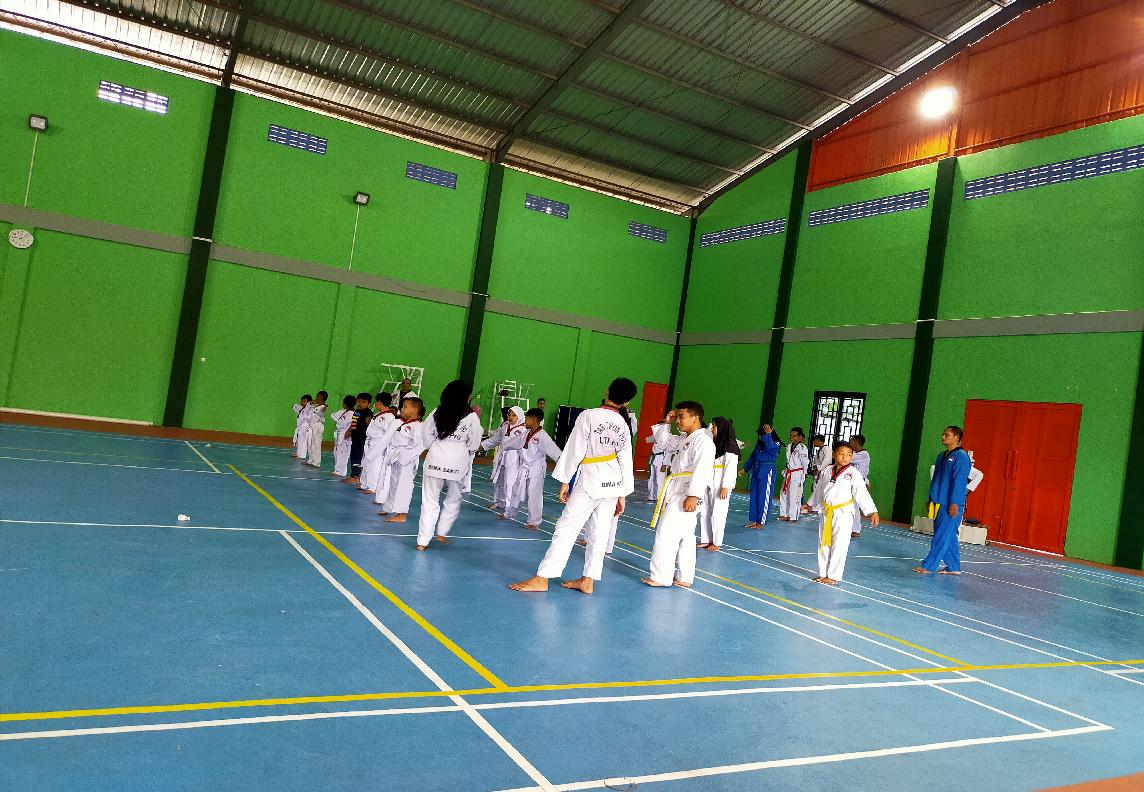 latihan Taekwondo