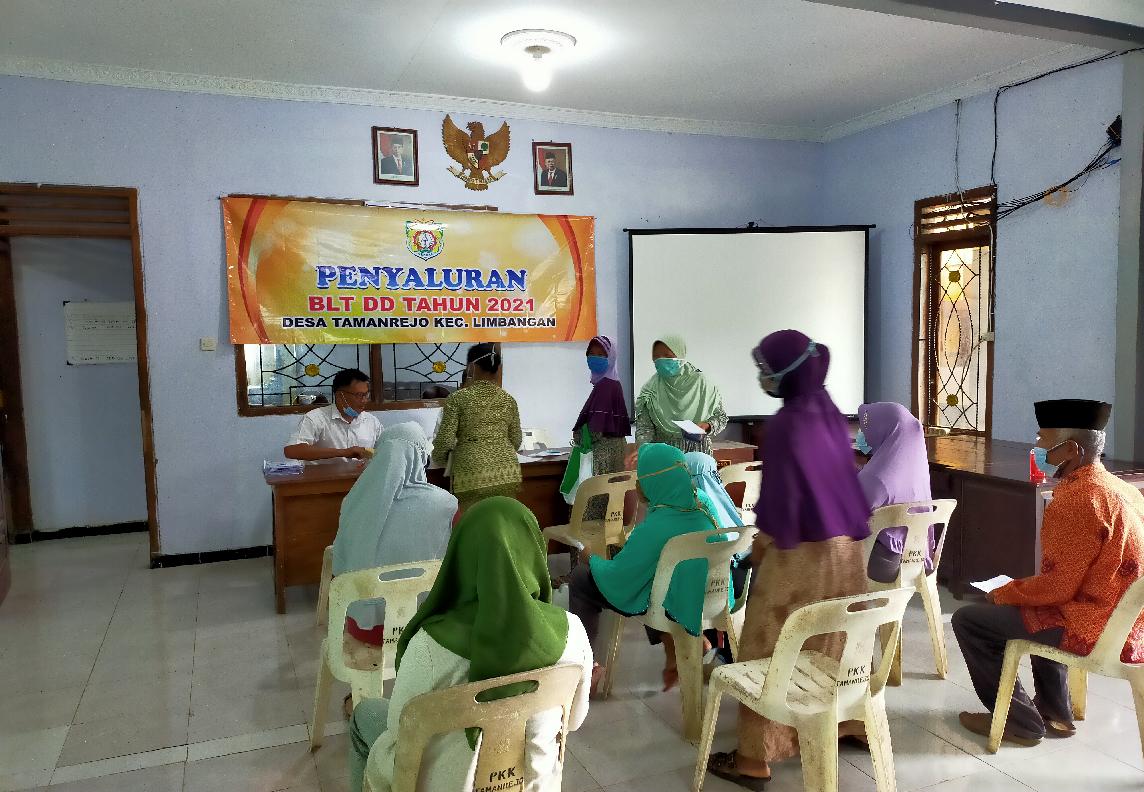 penyaluran BLT DD Desa Tamanrejo Limbangan